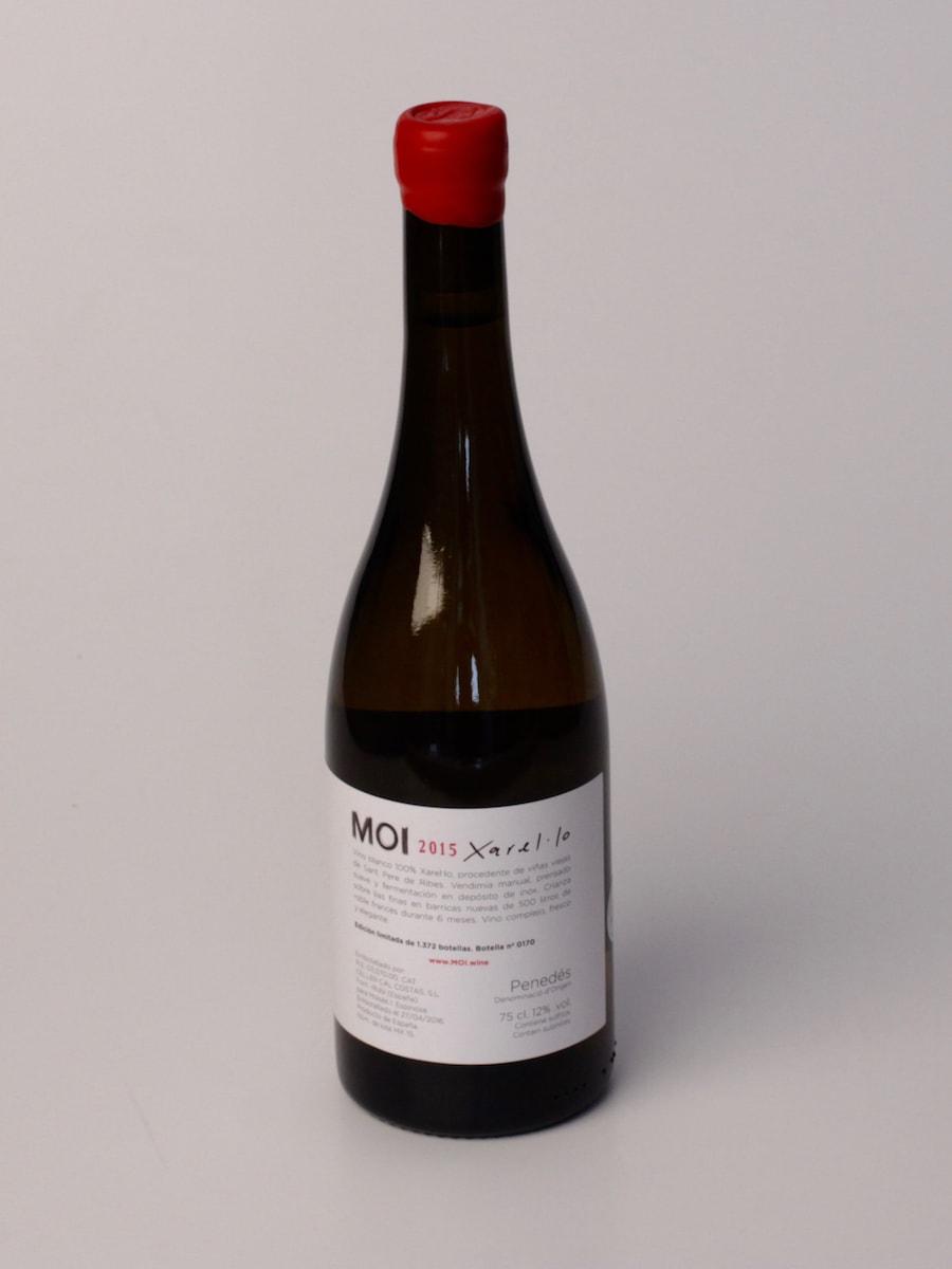 Botella MOI Xarel·lo 2015 contra